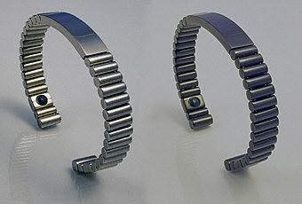 Q-Link Unisex Titanium Bracelet